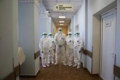 Калужским медикам, задействованным в лечении больных коронавирусом, пересчитали надбавки