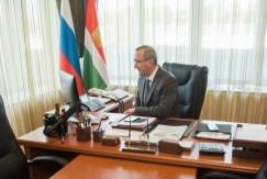 Руководитель Калужской области Владислав Шапша призвал сократить расходы на содержание аппаратов чиновников