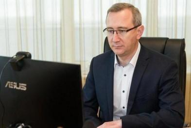 Глава региона Владислав Шапша поручил помочь калужским семьям оформить документы на детские пособия